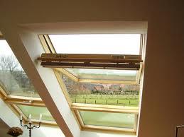 Velux tetőtéri ablakra árnyékoló